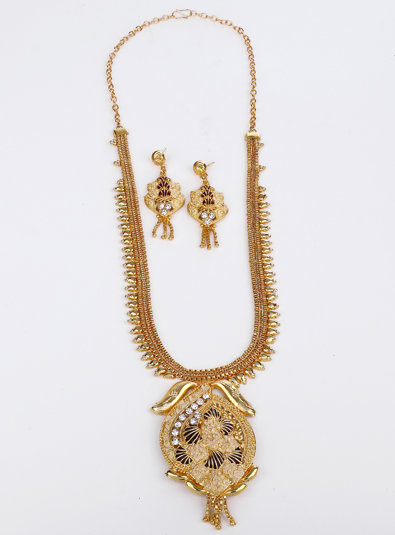 Golden Brass Necklace With Earrings 153181