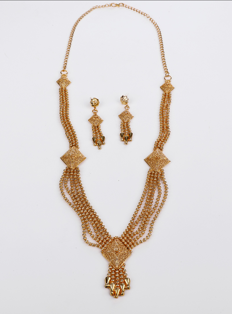 Golden Brass Necklace With Earrings 153185