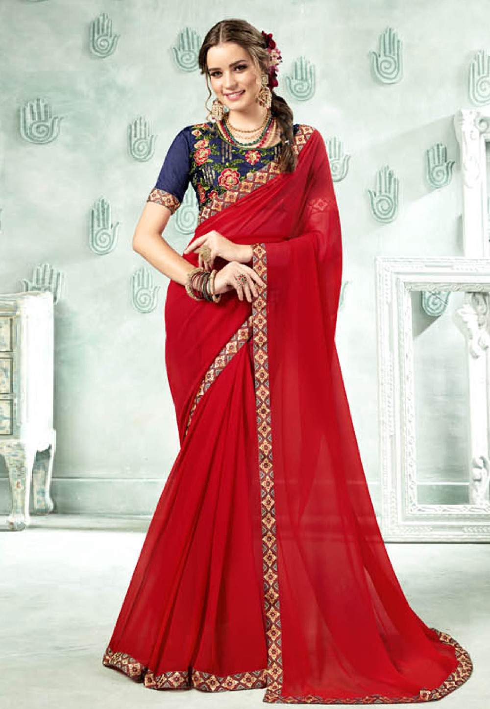 Red Georgette Embroidered Saree With Blouse 154568