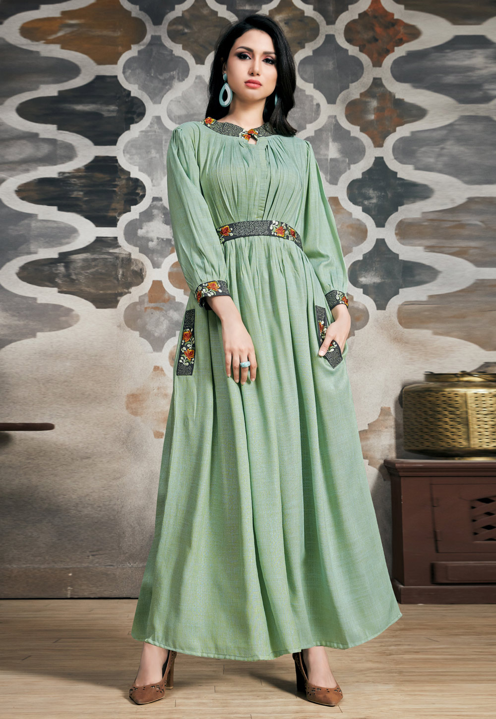 Pista Green Readymade Gown 163437