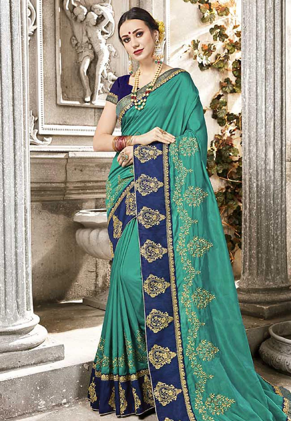 Sea Green Silk Embroidered Saree With Blouse 165453