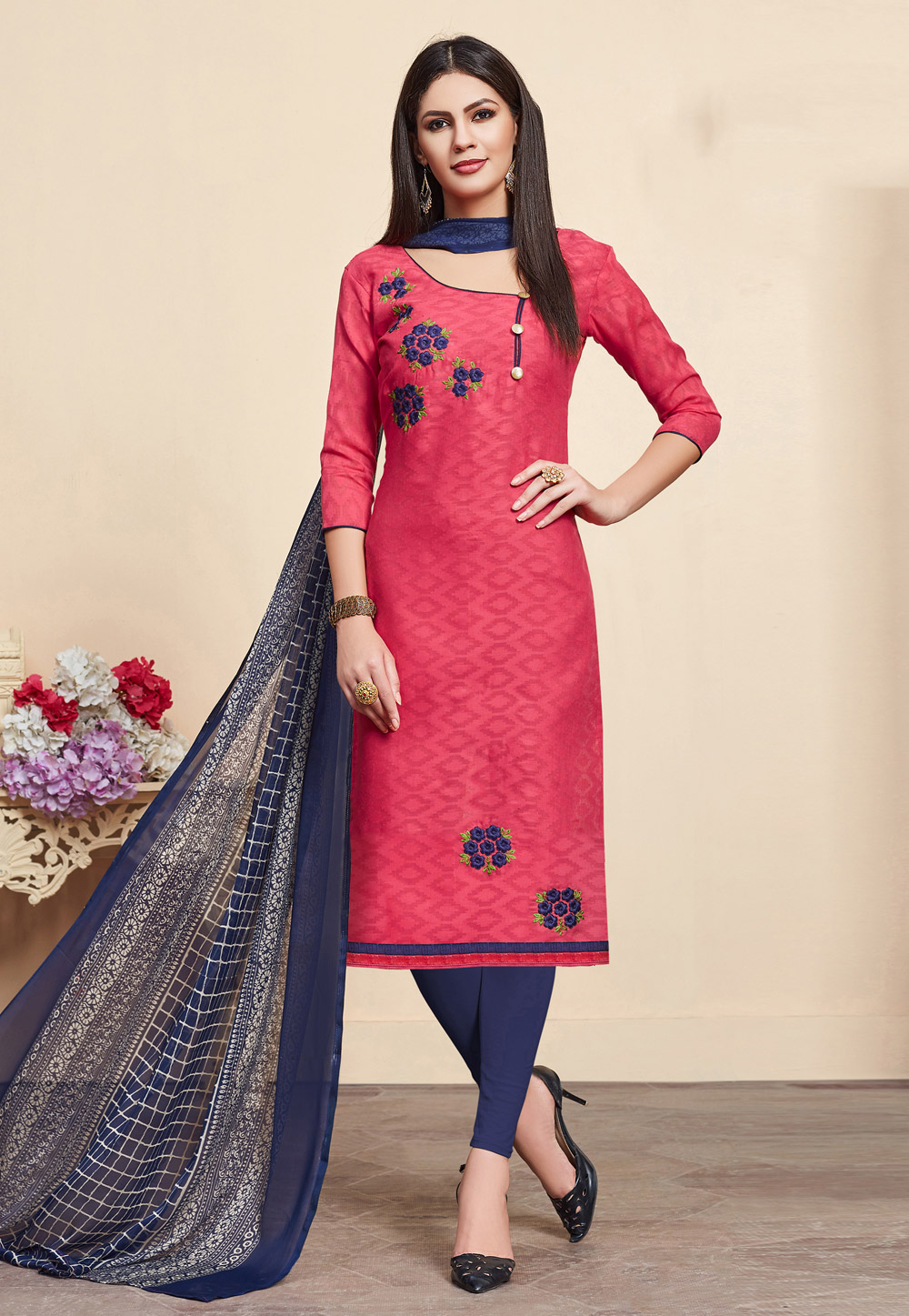 Shaded Pink Jacquard Churidar Suit 176987