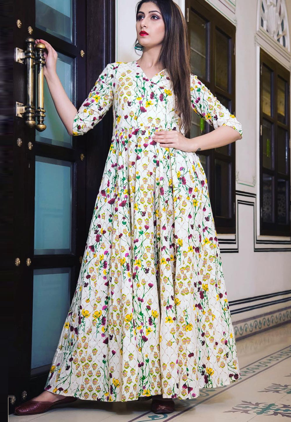 Off White Muslin Readymade Flared Gown 163085