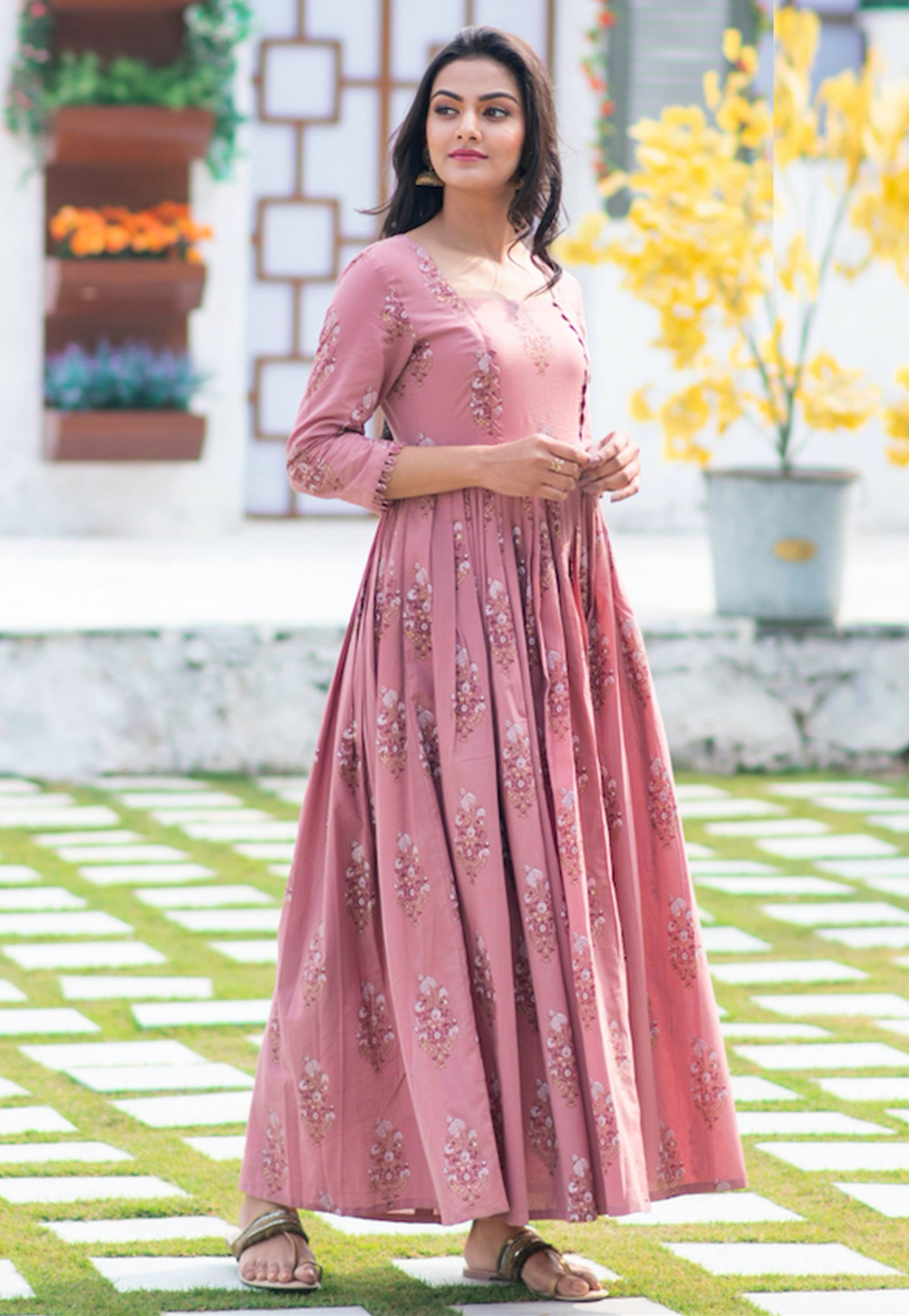 Pink Muslin Readymade Gown 209186