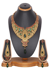 Maroon Zinc Kundans Necklace With Earrings 43950